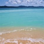 沖縄 エメラルドグリーンの海