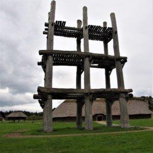 三内丸山遺跡 大型掘立柱建物建物